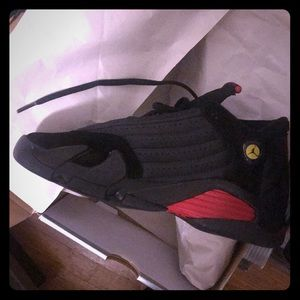 Air Jordan 14 retro size 5Y